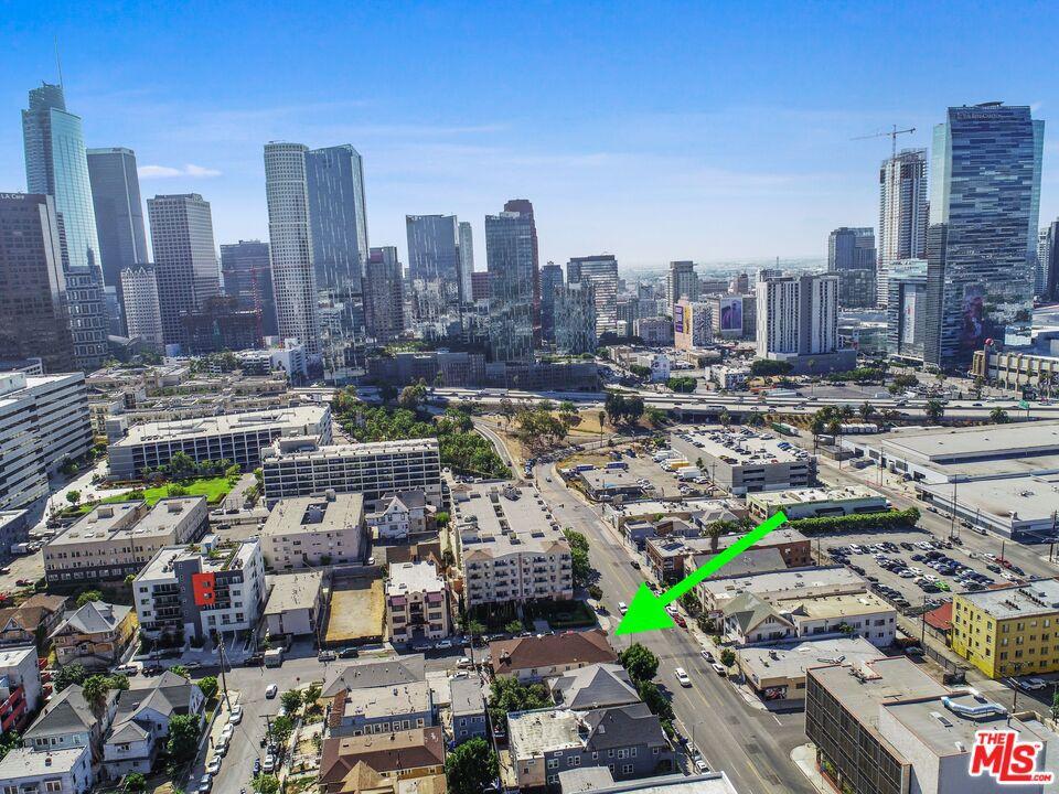 Close to Downtown LA