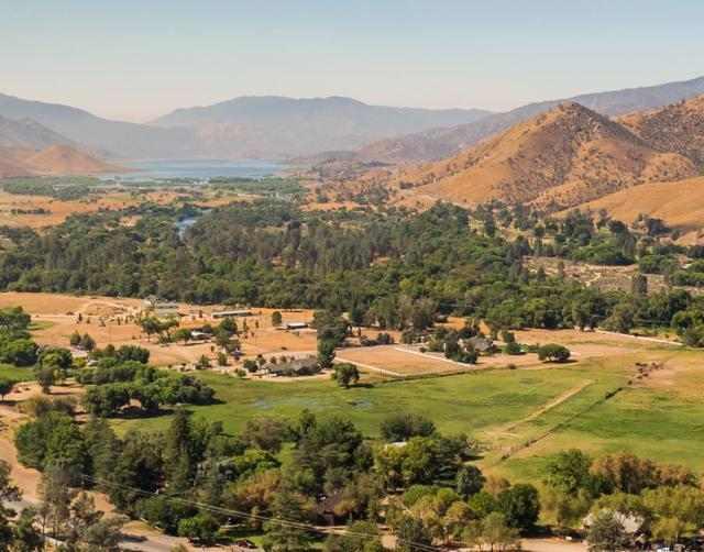 12869 Sierra Way, Kernville, CA 93238