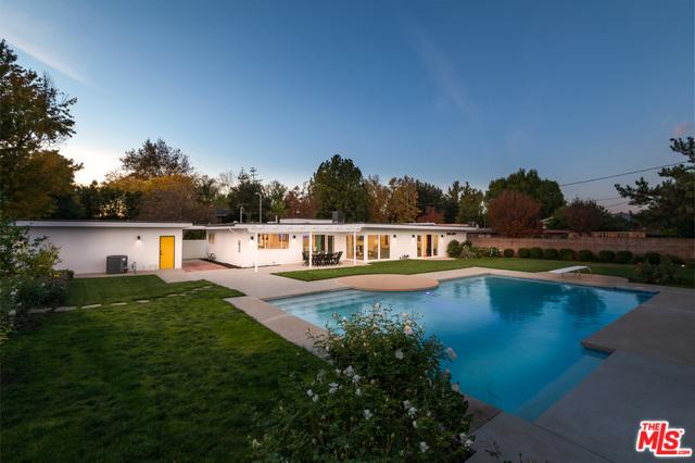 6228 SALE Avenue, Woodland Hills, CA 91367