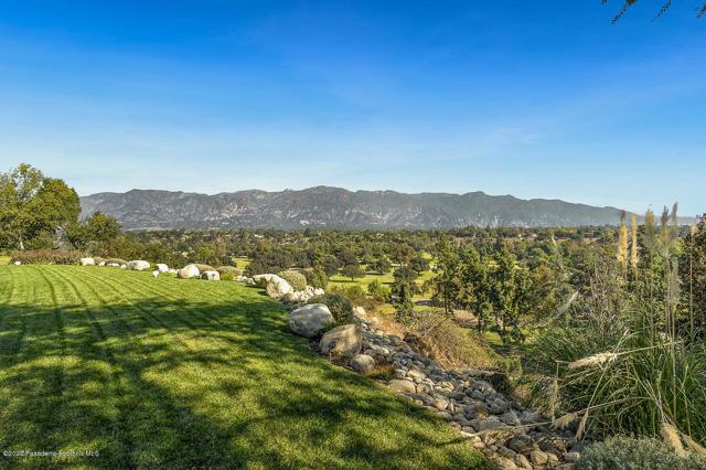 1137 Parkview Av, Pasadena, CA 91103 Photo 4