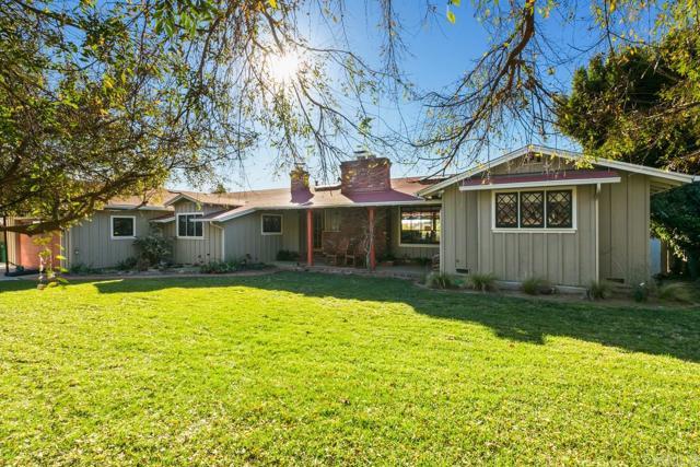 Photo of 4039 Sunnyhill Drive, Carlsbad, CA 92008