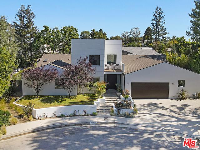 15514 Casiano Court Los Angeles, CA 90077