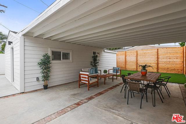 26. 670 Olive Street Venice, CA 90291
