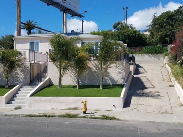 6490 University Ave, San Diego, CA 92115