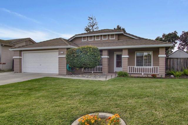 940 Paseo Drive, Hollister, CA 95023