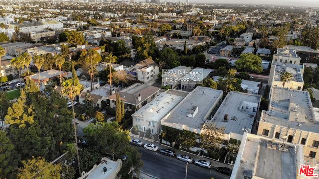 6224 De Longpre Avenue, Los Angeles CA: https://media.crmls.org/mediaz/EE90C06B-DF29-4B85-9303-89647302376E.jpg