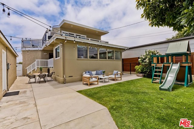 43. 6101 W 83rd Place Place Los Angeles, CA 90045
