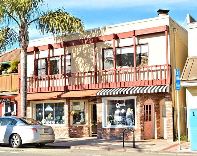 208 Capitola Avenue, Capitola, CA 95010