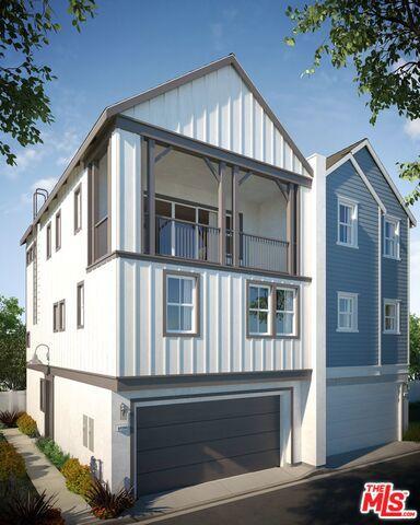 22135 N Roscoe Boulevard, West Hills, CA 91304