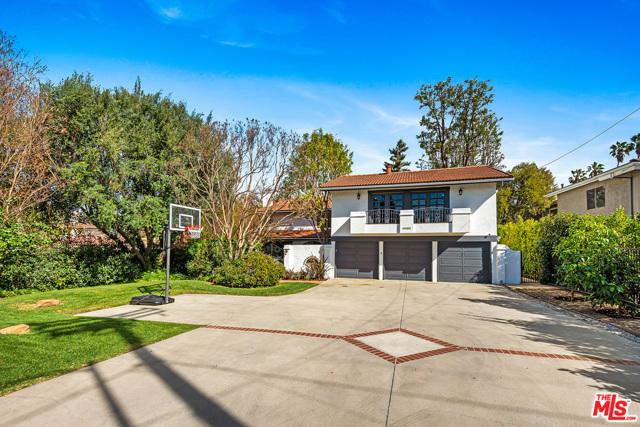 5064 Louise Avenue, Encino, CA 91316