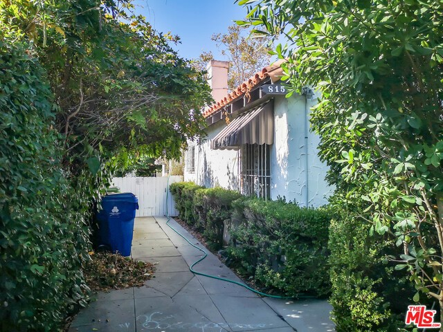 815 N LA JOLLA Avenue, Los Angeles, CA 90046