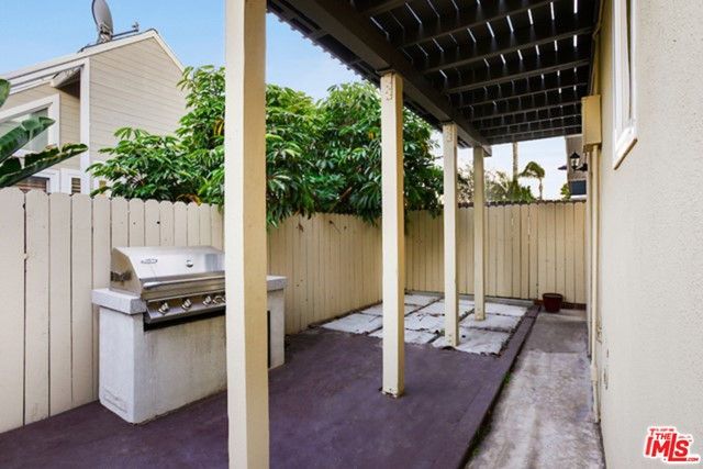 1740 HARPER Avenue, Redondo Beach, California 90278, 3 Bedrooms Bedrooms, ,2 BathroomsBathrooms,For Sale,HARPER,21692910