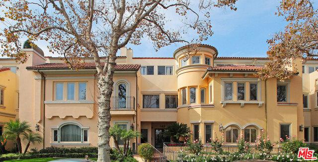 143 N ARNAZ Drive 305, Beverly Hills, CA 90211