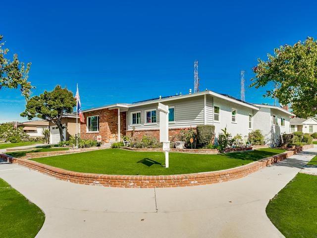 5202 Carfax Ave., Lakewood, CA 90713