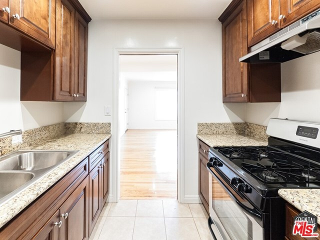 Be welcomed by this bright, airy, and open one bedroom, one bath, in Cheviot Hills. Swooon!Located on a quiet street off of Palms Blvd, right next to multi-million dollar homes on one side, and EASY transportation access on the other (walk to the Metro and hop on the 10 fwy in seconds!), with remodeled kitchen with granite countertops in combination with refinished hardwood flooring make this a diamond in the rough. Don't be fooled by the age of the building, this unit more than pulls its weight in modern finishes. It even has new, double-paned windows. They slide right open! No more struggling to get your window open!On-site laundry, 1 parking spot included. what more could you ask for? Oh, location you say? It's got that in spades! Only a 5 minute walk the Palms stop on the Metro Expo Line, and if you go by car, 3 minutes to downtown Culver. It's also convenient to access the 405 AND the 10 freeways, making it a very central spot on the Westside. *similar unit pictured