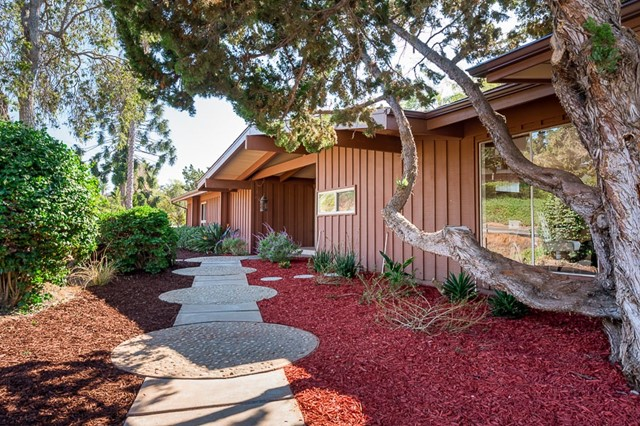 You'll love this inspiring mountain-view ranch home on a .55 acre lot the minute you enter! Refreshed with new flooring & paint throughout, the spacious single-story layout offers 3 bedrooms w/walk-in closets and built-in desks/vanities. The living areas feature stunning views & open beam ceilings + a fireplace, A/C & wrap-around deck w/gazebo! The 2-car garage & large shed offer generous storage. Fruit trees galore & lots of gardening space in the backyard. Yep, there's RV parking! Gorgeous neighborhood! Neighborhoods: Mount Helix Equipment:  Dryer, Washer Other Fees: 0 Sewer:  Septic Installed Topography: GSL