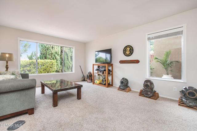 13. 2076 Sapra Street Thousand Oaks, CA 91362