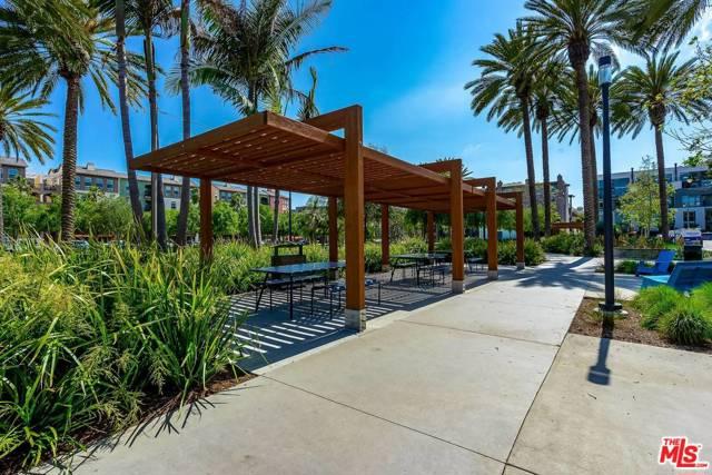 6020 S Seabluff Dr, Playa Vista, CA 90094 Photo 27