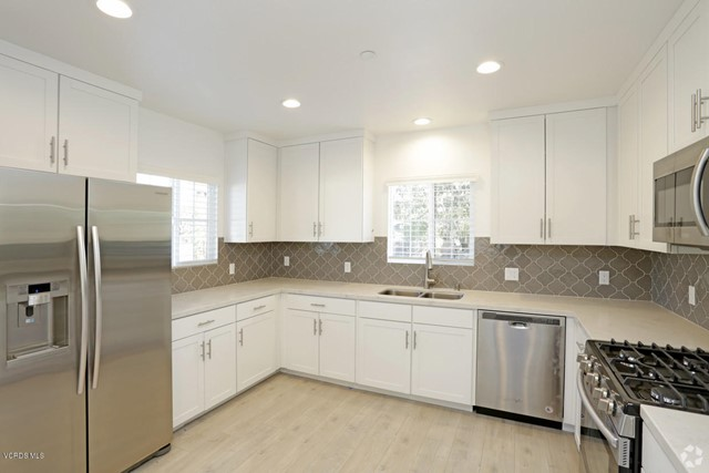 Photo of 5250 Chesebro Road #15, Agoura Hills, CA 91301