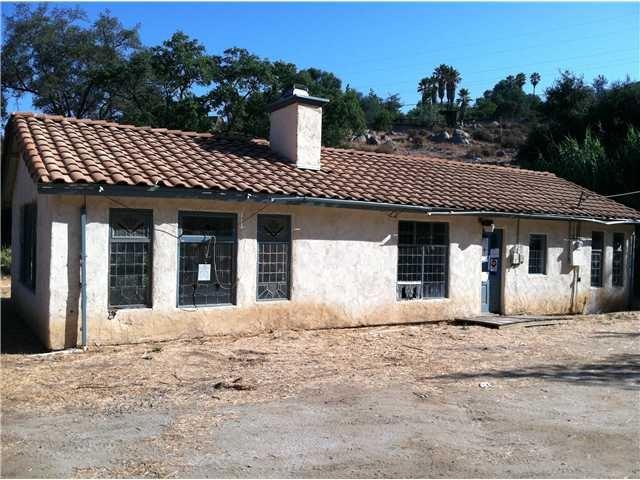 865 N Glen Oaks Drive, Alpine, CA 91901