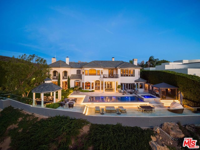 16224 Shadow Mountain Drive, Pacific Palisades, CA 90272