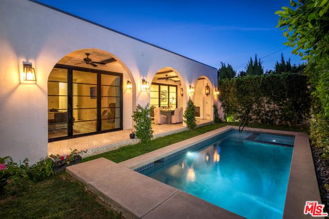 628 N LAUREL Avenue, Los Angeles, CA 90048