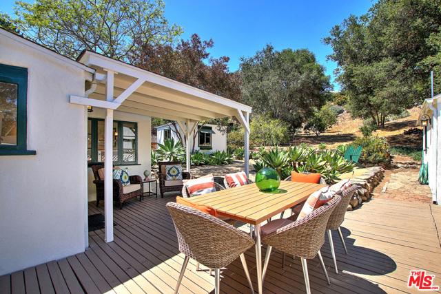 1752 Calle Poniente, Santa Barbara, CA 93101 Photo