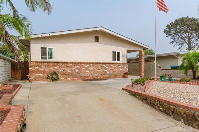 3482 Roosevelt St, Carlsbad, CA 92008