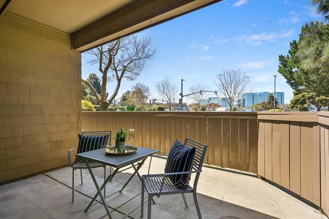 19. 13 Pelican Lane Redwood City, CA 94065