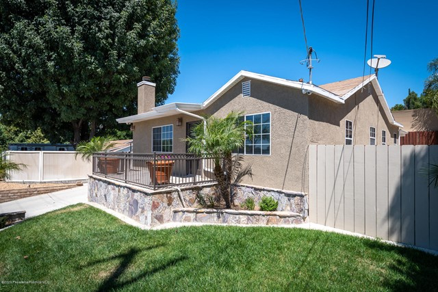 10631 Foothill Bl, Lakeview Terrace, CA 91342 Photo 5