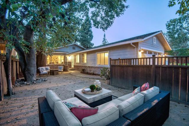 325 Melville Avenue, Palo Alto, CA 94301