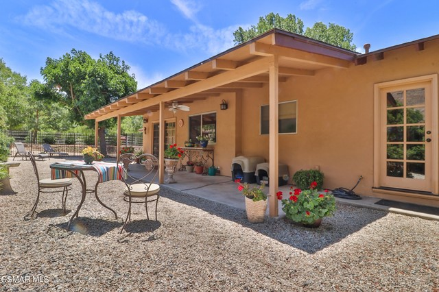 42. 202 Sundown Road Thousand Oaks, CA 91361