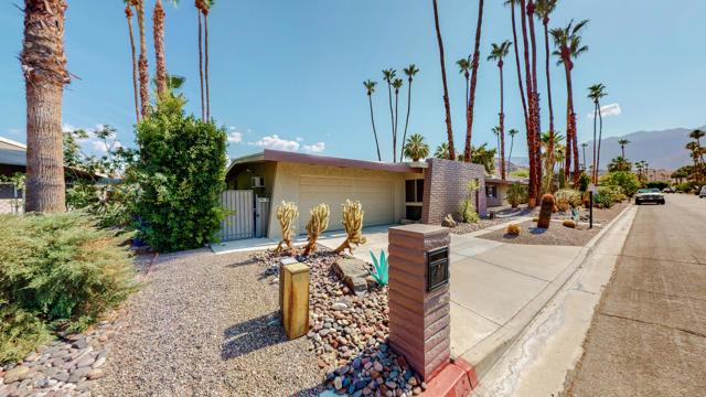 2. 5337 E Lakeside Drive Palm Springs, CA 92264