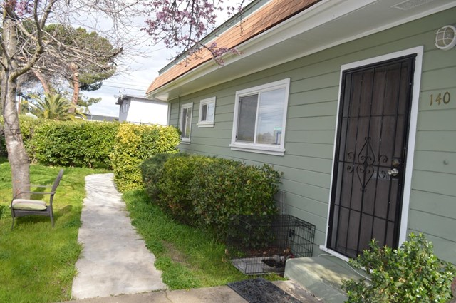 2800 Devonshire Avenue, Redwood City, CA 94063