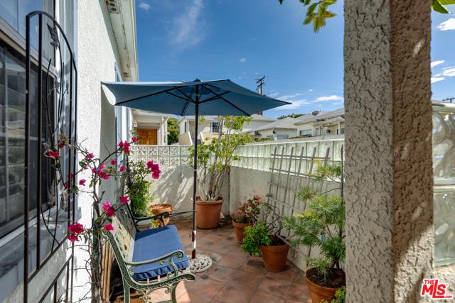 2134 Oak St, Santa Monica, CA 90405 Photo 31