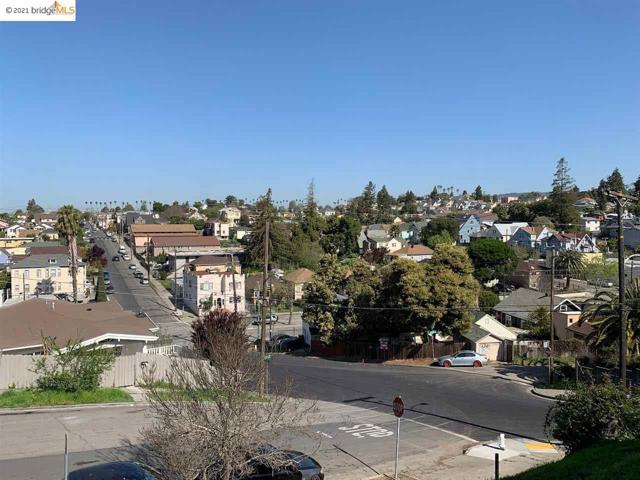 32. 2336 17Th Ave Oakland, CA 94606