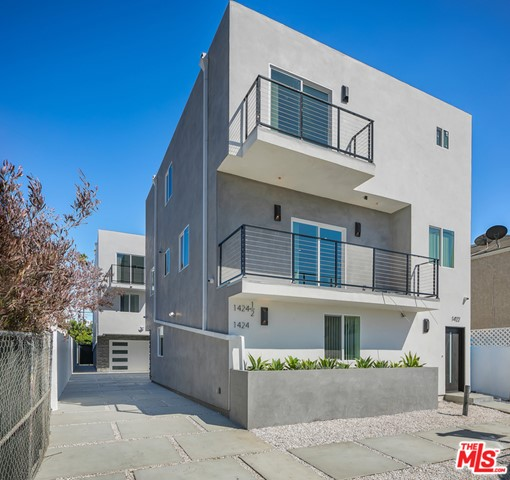 This brand new contemporary townhouse-style triplex offers a rare opportunity in the finest area within the massively growing neighborhood of Mid City Los Angeles. The attention to detail and top-of-the-line finishes sets this new development apart. Positioned just a few steps from all the boutique shops on Pico Blvd. The property is secured by a remote-controlled steel gate. The front unit, the property's largest, has 5 bedrooms, including a private first-floor suite and a large master bedroom with a walk-in closet, and 4 and a half baths. The two back units (4 beds/2.5 baths & 3 beds/2.5 baths) provide very private living in the back structure. In all units, you will find a spacious & bright open layout with an abundance of light & beauty throughout. As you walk through the property, you will notice the captivating finishes that were selected with no expense spared. The property is equipped with full HD surveillance, Nest thermostats, high-end appliances, and Ring doorbells. Each door has a smart lock, which can facilitate the landlords experience with new lease tenants. Enjoy the ultimate Californian lifestyle, only 15 minutes away from Santa Monica, Beverly Hills, West Hollywood, & Downtown. An investors dream, Redondo is perfect for anyone looking to hold an amazing investment property they can live in and/or rent out in a phenomenal part of LA.