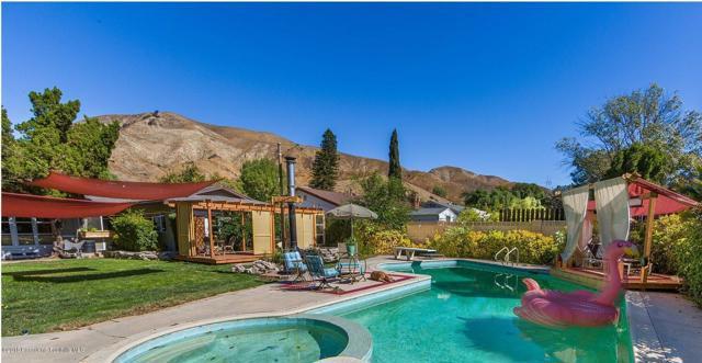 10458 Kurt St, Lakeview Terrace, CA 91342 Photo 3
