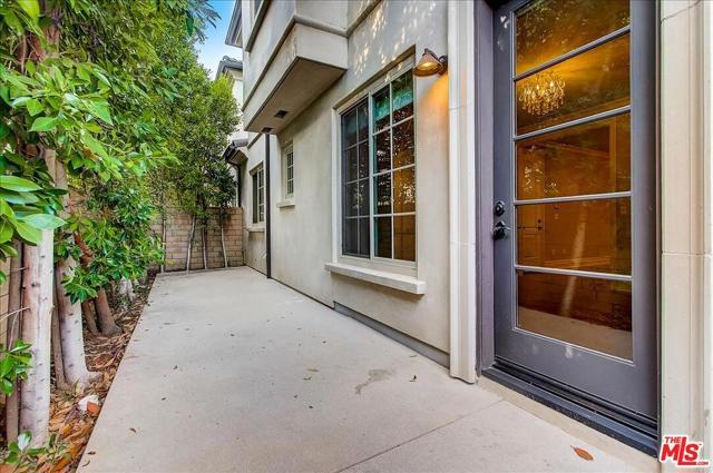 36. 227 Santa Rosa Road #A Arcadia, CA 91007
