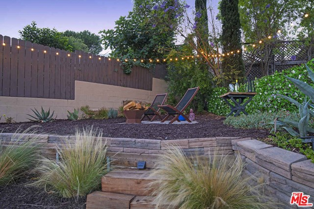 40. 4317 Zaca Place Los Angeles, CA 90065