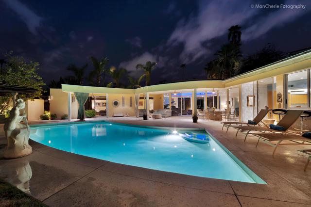 1075 Manzanita Avenue, Palm Springs, CA 92264