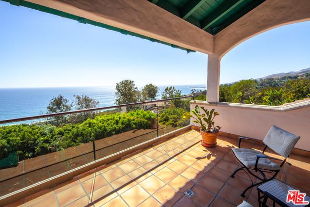 3909 Villa Costera Malibu, CA 90265
