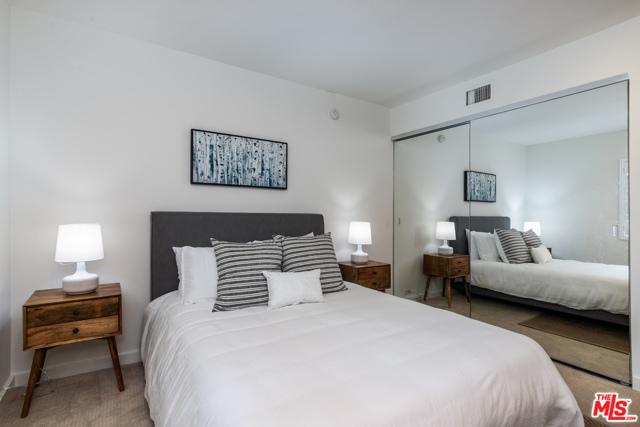 16. 330 S Barrington Avenue #110 Los Angeles, CA 90049