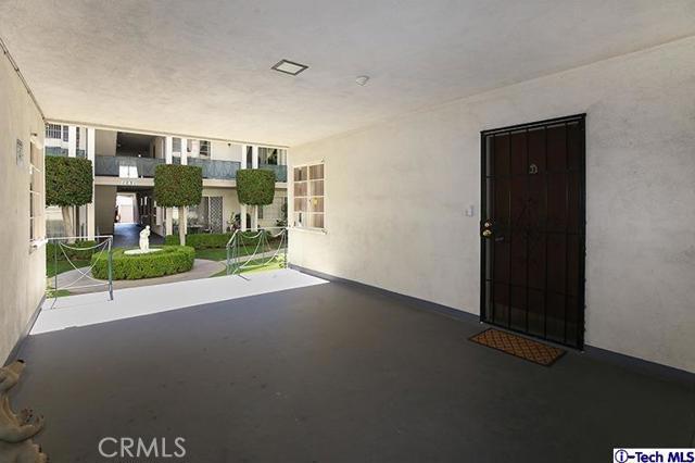 12. 1233 N Columbus Avenue #1D Glendale, CA 91202
