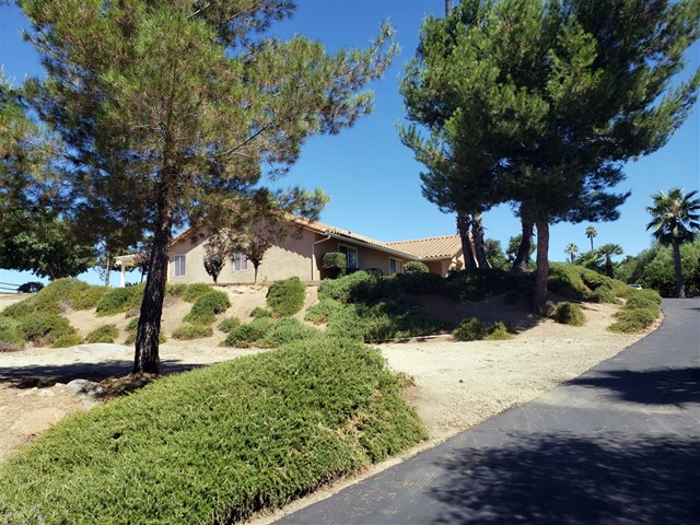 18106 Paradise Mt. Rd., Valley Center, CA 92082