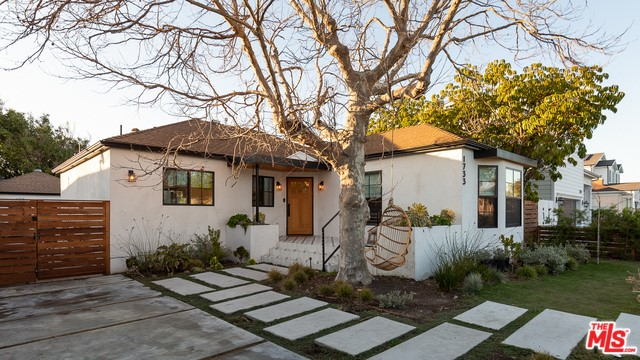 1733 S HOLT Avenue, Los Angeles, CA 90035