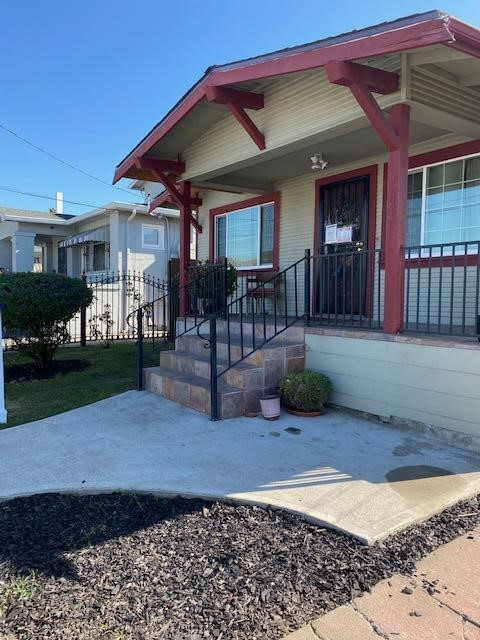 Image 19 of 1708 Auseon Ave, Oakland, CA 94621