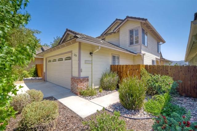 1225 Buttonwood Ct., El Cajon, CA 92019