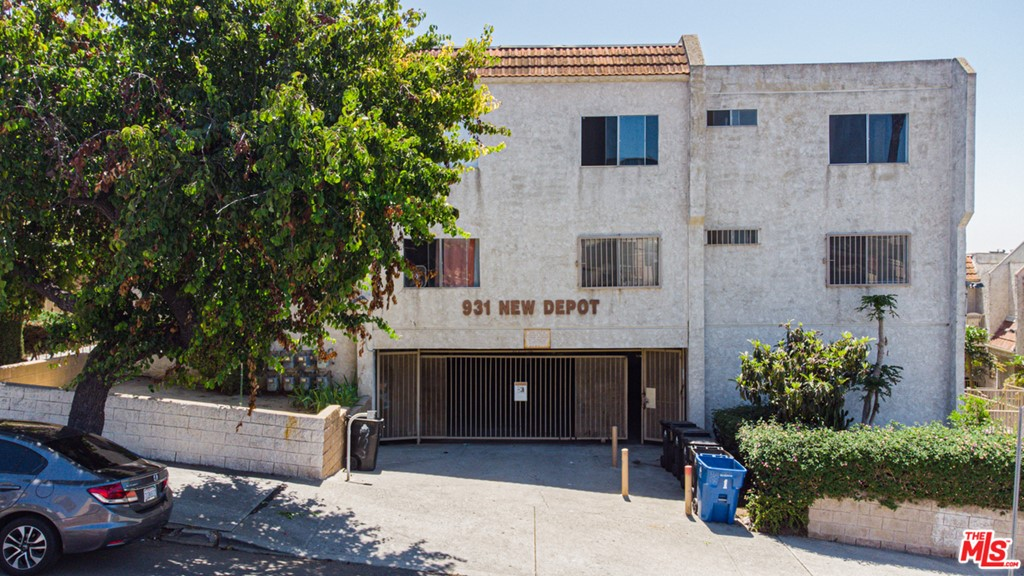 931     New Depot Street   12A, Los Angeles CA 90012