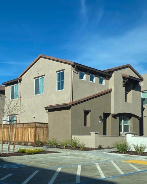 17658 Mystic Drive, Lathrop, CA 95330
